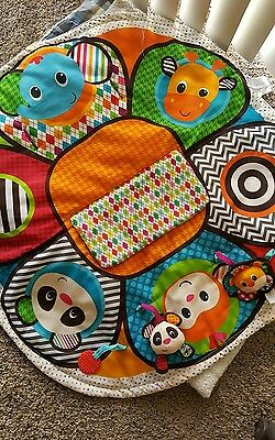 Infantino shopping cart cover and play mat