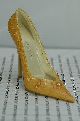 Fragrant Shoe Just The Right Shoe~New In A Shoe Box~Free Shipping In Us~