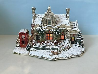 Lilliput Lane (L3229) CALLING HOME FOR CHRISTMAS With Box & Deeds *Illuminated*