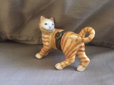 Hinged Porcelain Trinket Box Yellow Tabby Cat