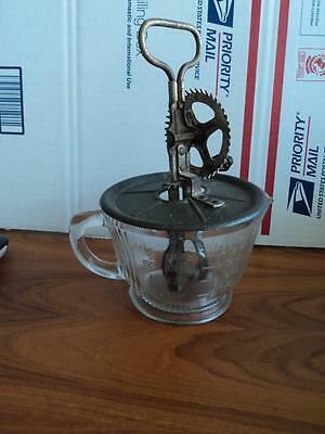 Vintage Clear Depression Glass  Cup Hand  Mixer   Rare Egg Beater