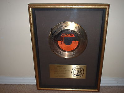 "FOREIGNER RIAA GOLD RECORD AWARD 45 ""HOT BLOODED""   AUTOGRAPHED by LOU GRAMM!!"