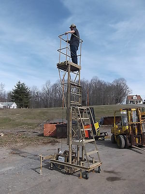 E-Z RIDER 14FT ELEVATING WORKING PLATFORM LIFT Other Lifting
