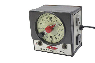 Vintage Master Time-O-Lite Darkroom Timer M-72 60 Seconds Photography