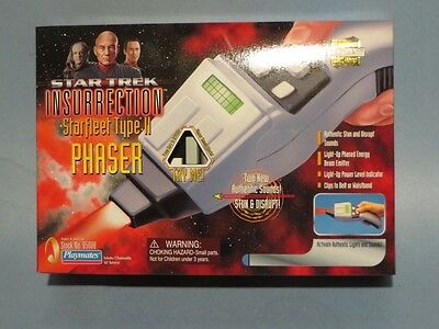 Playmates Star Trek Starfleet Type Ii Phaser! New! Nm!
