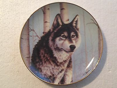 Collectable Wolf Plate 8 1/4 Inches - Early Winter Watch - Franklin Mint