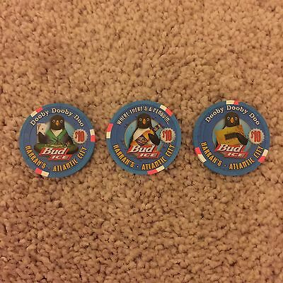 $10 Harrah's Atlantic City Bud Ice Penguin Numbered Chip Set - Mint Condition