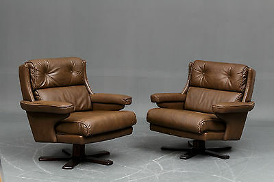 VINTAGE RETRO DANISH LEATHER SWIVEL LOUNGE CHAIR SET OF 2 1970s
