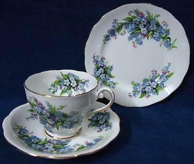 "A Royal Standard "" Forget-Me-Not "" Fine Bone China England Trio Cup Saucer Plate"