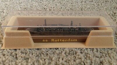 Vintage SS ROTTERDAM COLLECTIBLE METAL CRUISE SHIP,COPPER