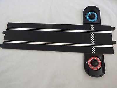 Scalextric Start 1:32 Track - Lap Counter straight track