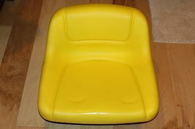NEW John Deere Factory Second Lawn Tractor Mower Seat Lowback  P/N GY12209