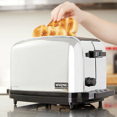 Waring WCT702 2 Slice NSF Electric Restaurant Commercial Toaster - 120 Volts