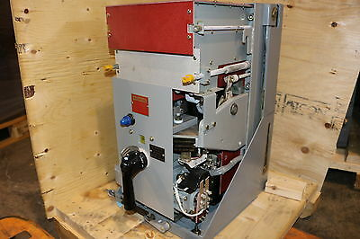 AIR CIRCUIT BREAKERS with (3x)800amp and (3x)16,000 Intantaneous Trip
