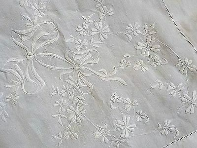 BEAUTIFUL ANTIQUE LINEN TABLECLOTH~ HAND EMBROIDERED WHITEWORK ~ Flowers & Bows