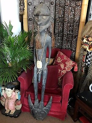 Old Papua New Guinea Very Large Carved Wooden Food Hook …beautiful display piece