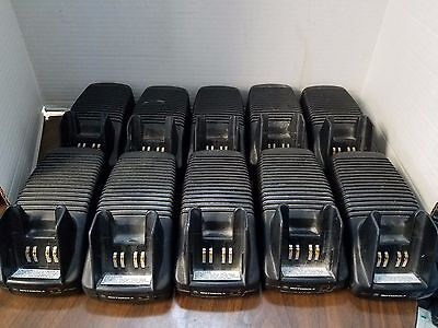 Motorola Battery chargers NTN7209A AA16740 (Lot of 10)