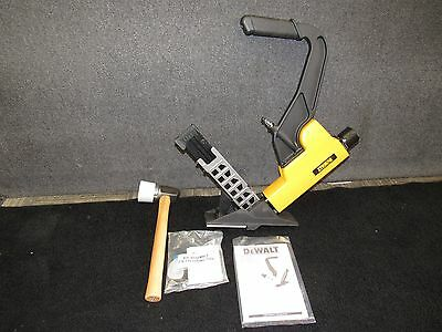 Dewalt DWFP12569 - 2 in 1 Flooring Tool/Nailer - 15.5+16 Gauge