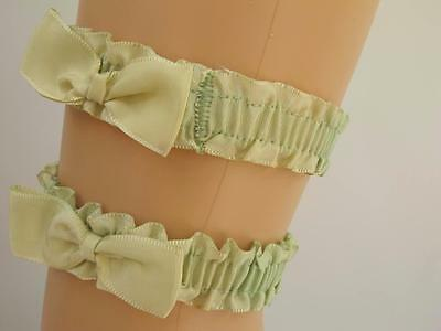 VINTAGE 1930's GREEN RIBBON STOCKING GARTER SUSPENDER - BOW DETAIL