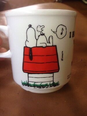 Snoopy Vintage Mug I Hate People Who Sing In The Morning 1965