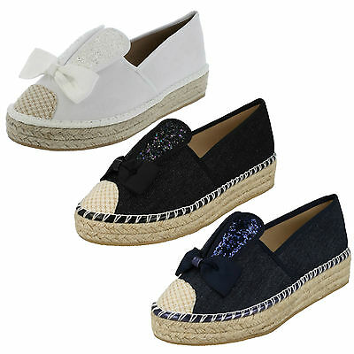 WHOLESALE Ladies Bunny Ears Canvas Shoes / Sizes 3x8 / 14 Pairs / F9982