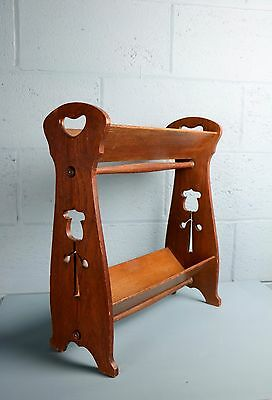 Arts and Crafts book stand, Lebus or Liberty (100391)