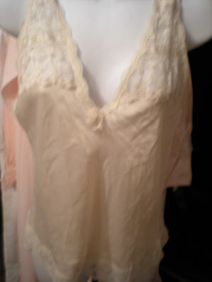 Vtg. Christian Dior Ivory Camisole w Logo & lots of lace Size Small