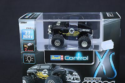 Z102 REVELL Control 1/28 RC Mini truck CM191 noir Big foot