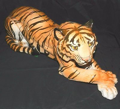 """Vtg Made In Italy Hand Painted Porcelain Tiger Resting Art Sculpture 24"""" Statue"""