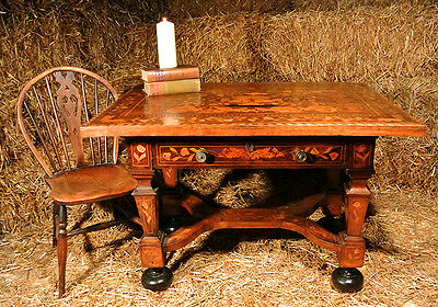 Beautiful Maltese Walnut Marquetry Centre Table c. 1830