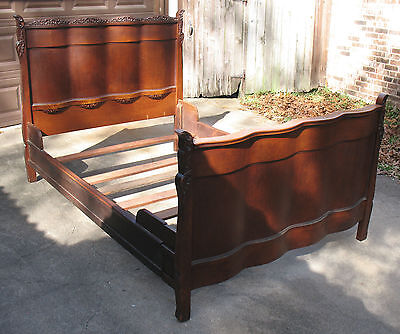 Unique Curved Victorian Standard Bed
