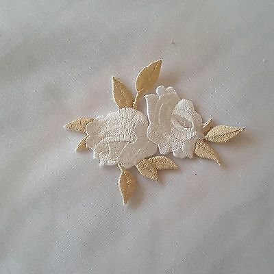 BEIGE WHITE Roses Floral Embroidered Iron-on Emblem Patch Rose Flower Applique