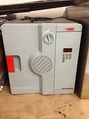 Salvis Lab Thermocenter Oven (TC-40S)