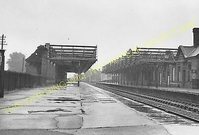 Melton Mowbray North Railway Station Photo. Scalford - Great Dalby. GNR LNW (3)