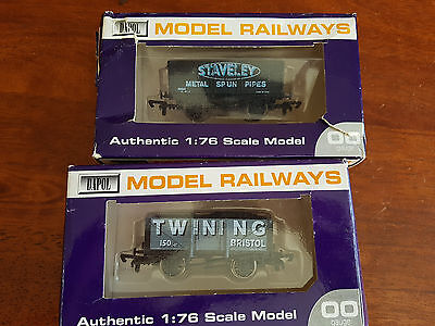Dapol Goods Wagons X 2 Hornby Type Couplers V.good Cond Boxed Oo Gauge (Tc)
