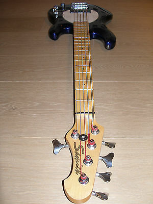 Samick Bass-Gitarre mit Koffer Music Man Stingray 5-string bass guitar Case