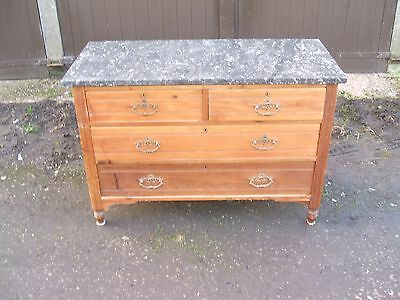 lovely vintage/antique 4 drawer chest drawers with a marble top. vgc