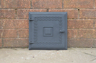 28 x 28 cm old cast iron fire bread oven door doors flue clay range pizza