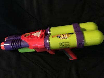 Super Soaker Xtra Power XXP 175 Water Gun Vintage Neon tested Works!
