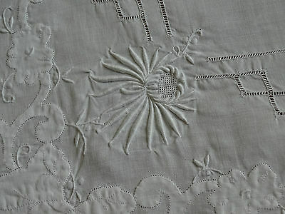 Vintage fine linen all white Madeira tablecloth.Organdy type embroidery/applique