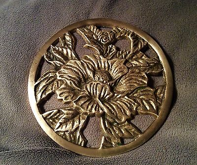 Vintage BRASS  Floral Trivet Footed Flower Hot Plate Beautiful!