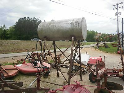 300 fuel tank with stand  Good