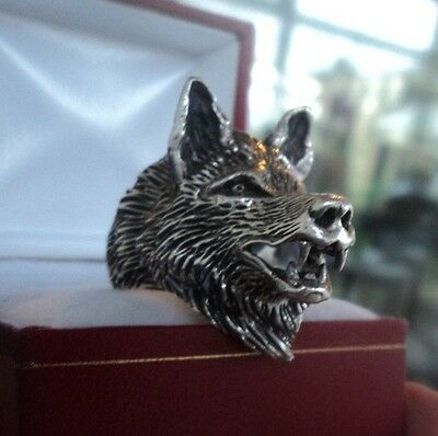Attractive Vintage Unusual LARGE  Sterling Silver WOLF HEAD Ring  -  size W