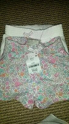 2pk of ditsy and whitr shorts 12-18 months from next summer bnwt