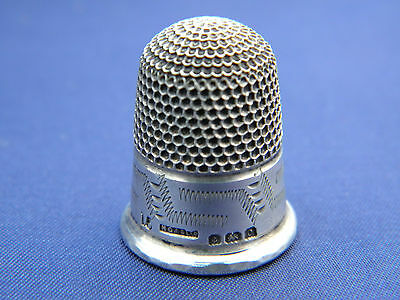 BEAUTIFUL SOLID SILVER THIMBLE FROM HENRY GRIFFITH & SONS LTD ~ Birmingham 1902
