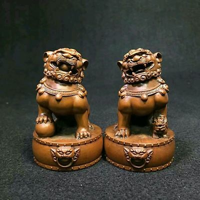 Chinese Boxwood Wood Carving Fengshui Lion Fu Foo Dog Guardion Beast Statue Pair