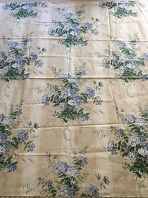 Colefax and Fowler, Plumbago Bouquet Cotton Chintz fabric, english country house
