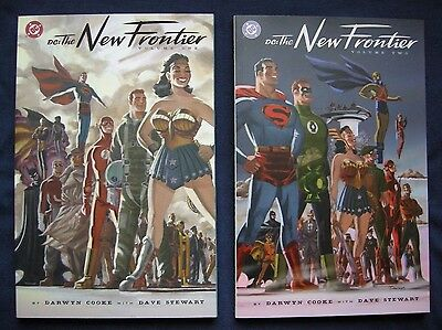 New Frontier Volume 1 and 2 Darwyn Cooke DC (Paperback)