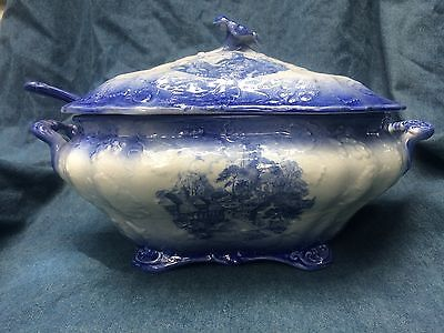 Flo blue Whitestoneware Ironstone England Soup tureen with ladel