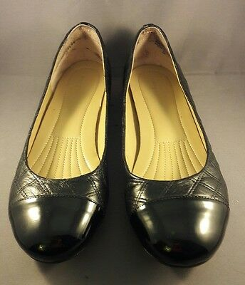 Easy Spirit Women's US 8M Black Quilted Leather/Man-made Ballet Flats EUC
